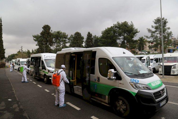 Nizip'te toplu taşıma araçları dezenfekte ediliyor
