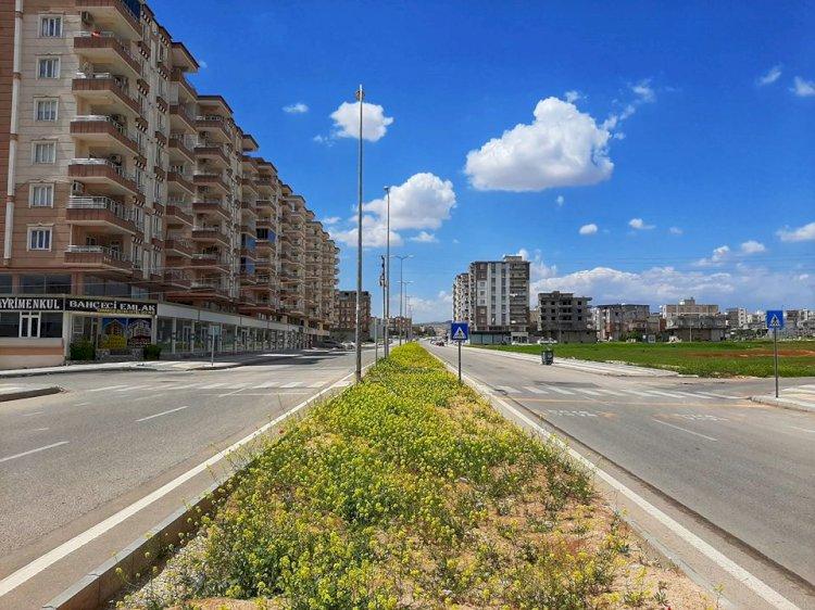 Nizip'te vatandaşlar sokağa çıkma yasağına uydu