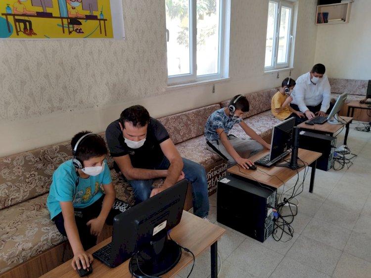 Evinde bilgisayar ve internet olmayanlar için EBA sınıfı oluşturuldu