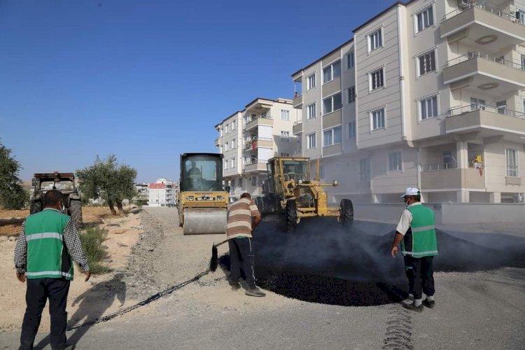 Nizip'te asfalt mesaisi sürüyor