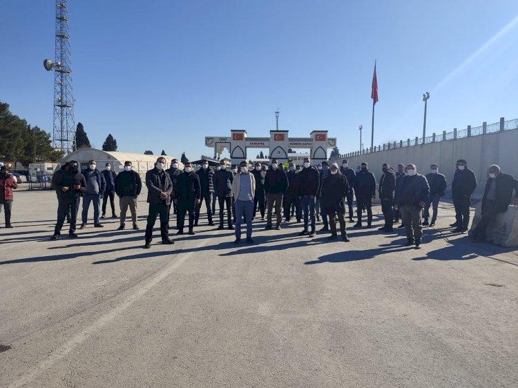 TIR şoförleri Karkamış'ta kontak kapattı