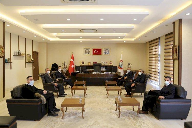 Milletvekili Yüksel'den Nizip Belediyesi'ne ziyaret
