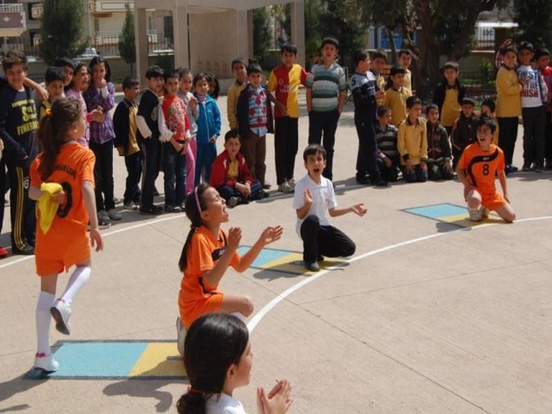 Geleneksel Çocuk Oyunları Yeniden Hayat Buluyor