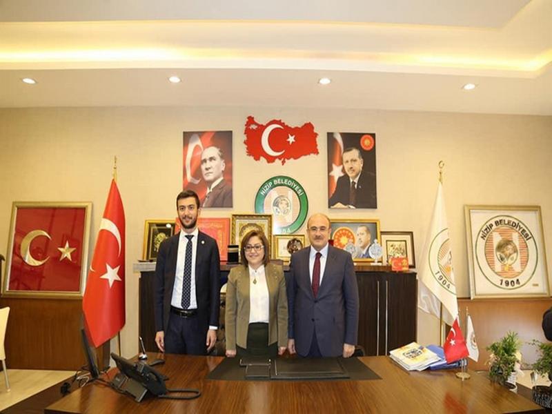 Başkan Şahinden Mehmet Sarıya ziyaret