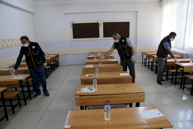 Nizip Belediyesi'nden 4 bin 661 öğrenciye hijyen paketi